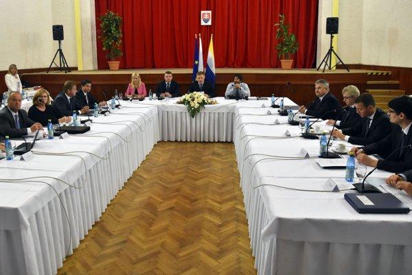 Rokovanie vlády. Ilustračné foto