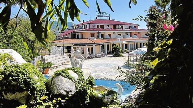 Hotel Stella Marina (3*), Taliansko, Kalábria, Ricadi.