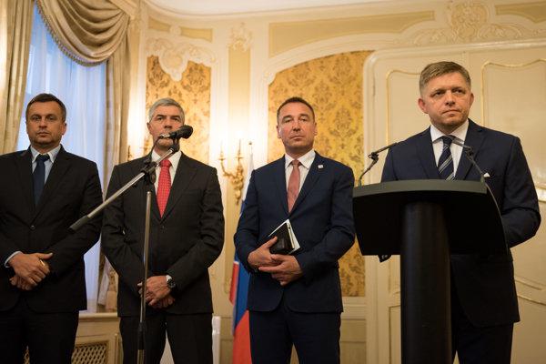 Predsedovi Siete Romanovi Brecelymu zostali strana s dlžobami, o ktorú sa koaliční partneri netrhajú.