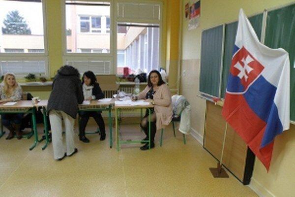 Volebný okrsok č. 1 v Skalici.