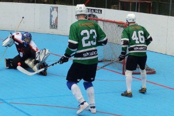 Jediný duel v play-off prehral Hokejmarket Skalica na ihrisku Jokeritu Petržalka.