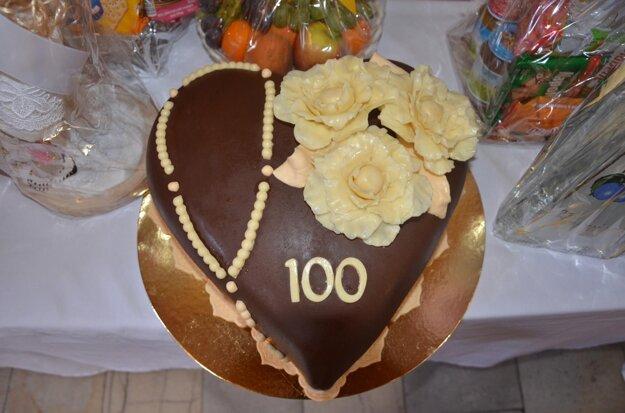 Radosť jej urobila aj torta.