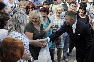 Vždy sme hovorili, že city solidarity a súcitu sú vrodené tomuto premiérovi, ako aj to, že veci má v hlave ideologicky vzorne usporiadané, čo dokázal na východnom Slovensku.