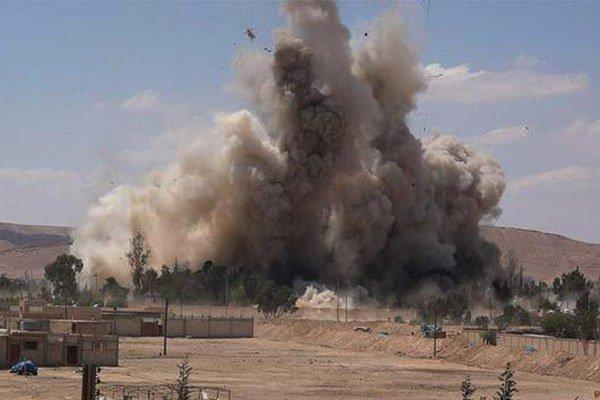 Džihádisti zničili významný symbol vládnej moci.