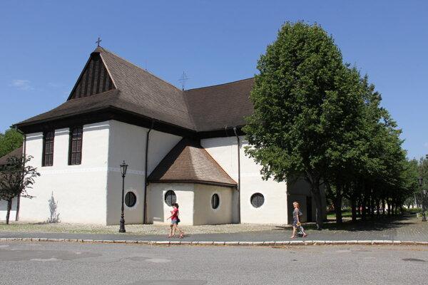 Artikulárny kostol v Kežmarku. Tu sa konal benefičný koncert.
