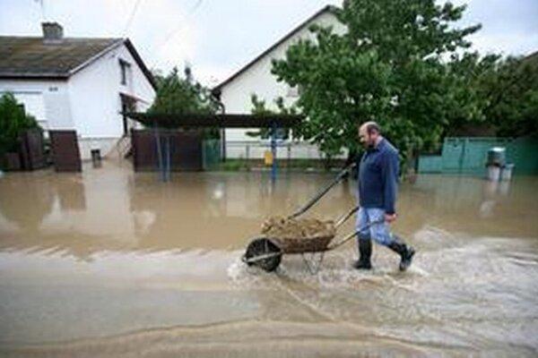 Prvý stupeň povodňovej pohotovosti platí aj  na rieke Rába v oblasti mesta Körmend.