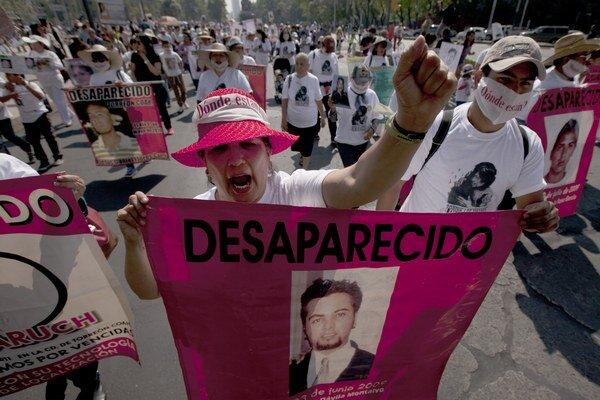 V nedeľu, na deň matiek, žiadali ženy návrat svojich zmiznutých synov, ktorí sa stali obeťami vojny proti drogovým kartelom.