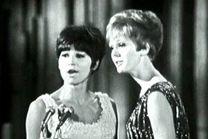 Helena Vondráčková a Marta Kubišová získali na prvej Bratislavskej lýre v roku 1966 striebro s pesničkou Oh, baby, baby.