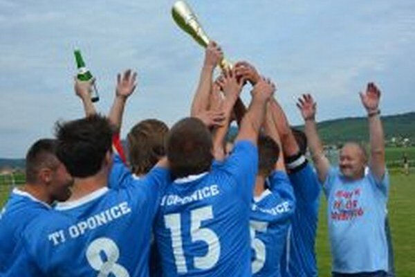 Oponice využili právo postupu a od novej sezóny sa predstavia v piatej lige.
