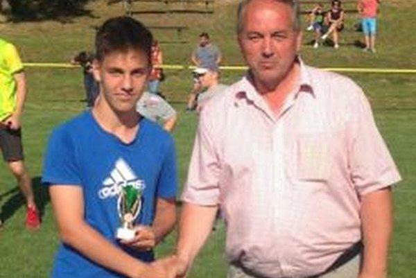 Andrej Škreko (vľavo) sa stal najlepším strelcom turnaja.