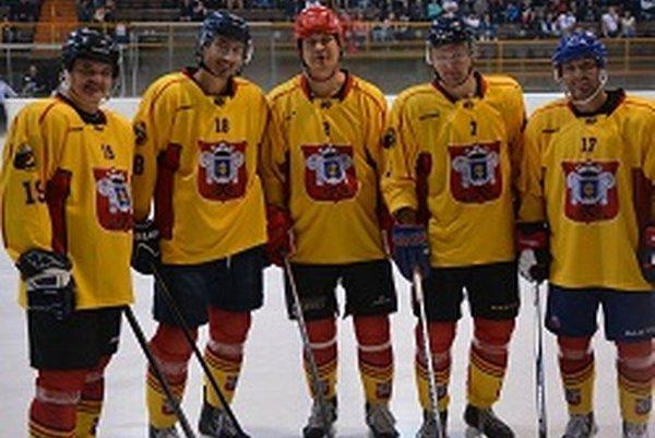 Zľava: Andrej Drahovský, Miroslav Šatan, Radoslav Hecl, Tibor Višňovský a Ľubomír Višňovský.