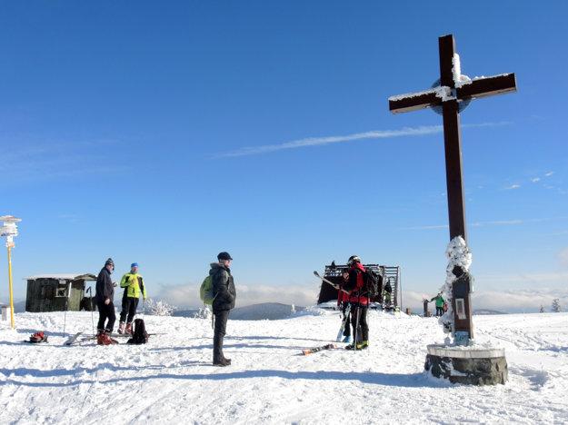 Veľká Rača (1 236 m n. m.) nad Oščadnicou je najvyšší vrch Kysuckých Beskýd.