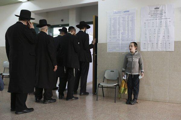 Výsledok volieb v Izraeli bolo ťažké predpovedať.