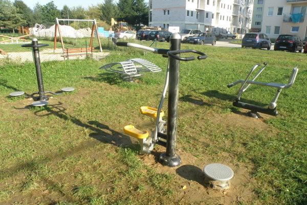 Fitnes ihrisko je v Prievidzi k dispozícii aj na Gazdovskej ulici.