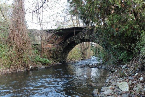 Most pri Hnúšti.