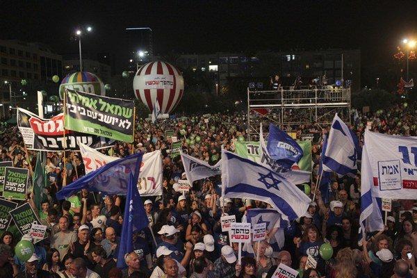 Na demonštrácii sa zúčastnilo asi 50-tisíc ľudí.