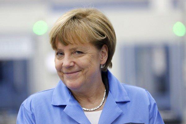 Angelu Merkelovú vyzvali formou otvoreného listu.