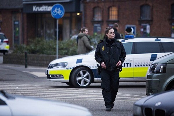 Pri kaviarni Krudttonden na severe Kodane sa strieľalo.