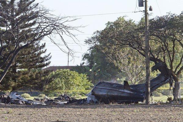 Pri havárii lietadla typu Beechcraft 1900 zahynuli štyria ľudia.