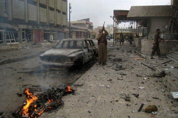 Islamský štát majú poraziť kurdské milície.