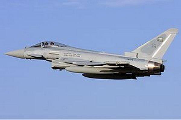 Britské stíhačky Typhoon vzlietli proti dvom ruským bombardérom.