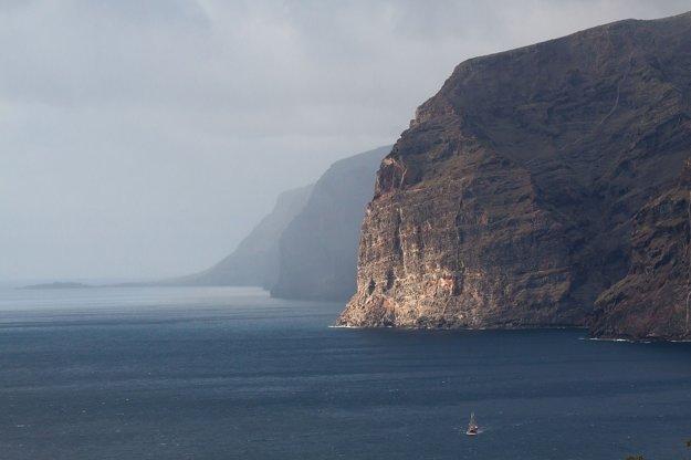 Pôsobivé útesy Log Gigantes.