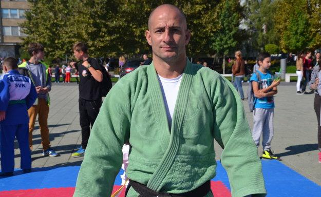 Róbert Rác, bývalý reprezentant SR a tréner lučeneckého Katsuda žiali za dobrým kamarátom.