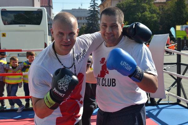 Tréneri Box Clubu Lučenec Štefan Bohinský (vľavo) a Hugo Hojtel.