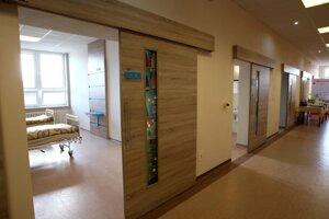 Zrekonštruované chirurgické oddelenie.