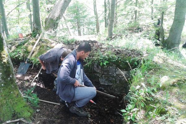 Archeológovia v akcii.