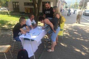 Hazard tu zničil mnoho rodín. Petícia za zastavenie hazardu už prebieha aj vo Svidníku.