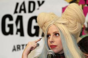 Speváčka Lady Gaga (Stefani Germanotta) sa ako dieťa zúčastnila na výskume nadanej mládeže na Univerzite Johnsa Hopkinsa.