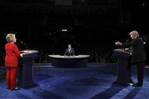 Prvá prezidentská debata medzi Clintonovou a Trumpom bola hlučná.