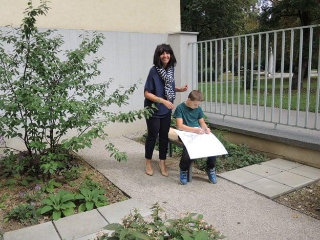 Riaditeľka školy Eva Kulhánková.