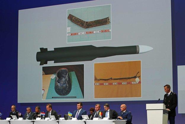 Tlačová konferencia holandských vyšetrovateľov.