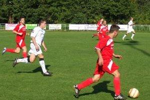 Kľačno odohralo svoj domáci zápas na ihrisku v Nedožeroch-Brezanoch.