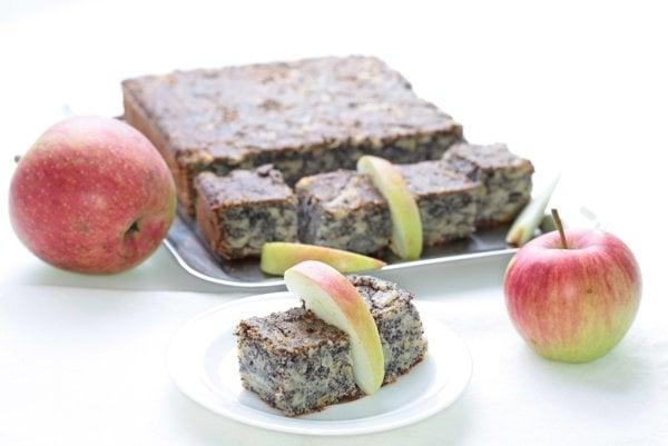 Jablkovo-makové kocky