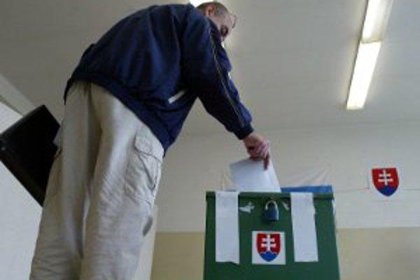Predčasné voľby bú na Slovensku 10. marca 2012.