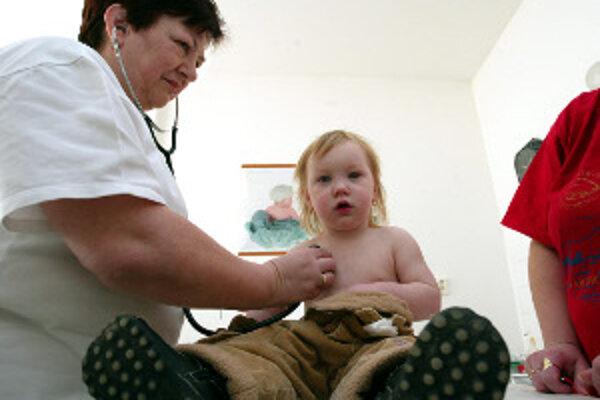 Každoročne na chrípku ochorie aj veľa detí.
