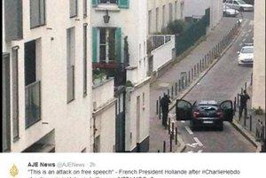 Útok na redakciu týždenníka Charlie Hebdo. Ozbrojení muži.