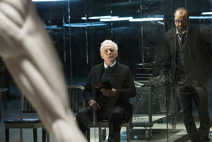 Anthony Hopkins si v seriáli Westworld zahral zakladateľa zábavného parku.
