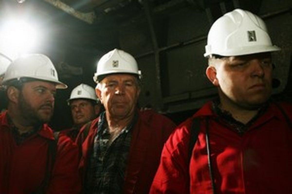 Alobalovú kauzu Smeru polícia vyšetrovať odmietla - domov.sme.sk