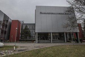 Paneurópska vysoká škola.