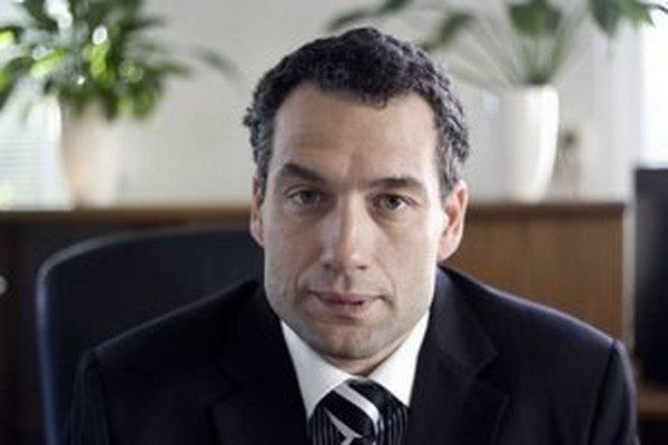 Niekdajší šéf VšZP Marcel Forai sa za druhej vlády Roberta Fica (Smer) stal symbolom klientelizmu v štátnej poisťovni.