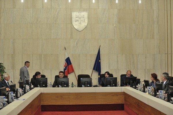 Pohľad do rokovacej sály počas rokovania 174. schôdze vlády SR. Bratislava, 2. september 2015.
