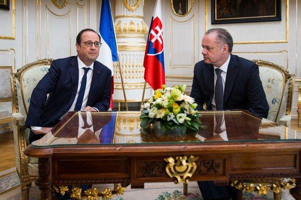 Francúzsky prezident Francois Hollande sa stretol s prezidentom Andrejom Kiskom.
