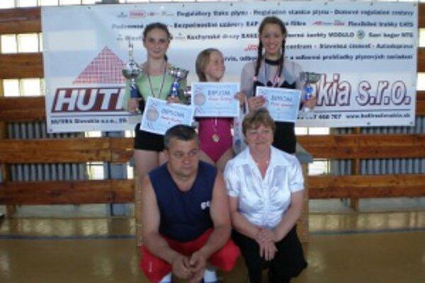 Handlovksé gymnastky odchádzali z turnaja spokojné.