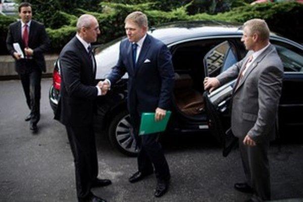 Premiér Fico presunul agendu práv homosexuálov na nestraníka, ministra Boreca.
