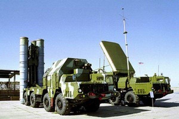 Ruský raketový systém  protivzdušnej obrany S300.