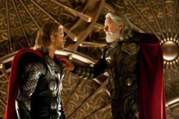 Do kín prichádza nový americký film Thor.